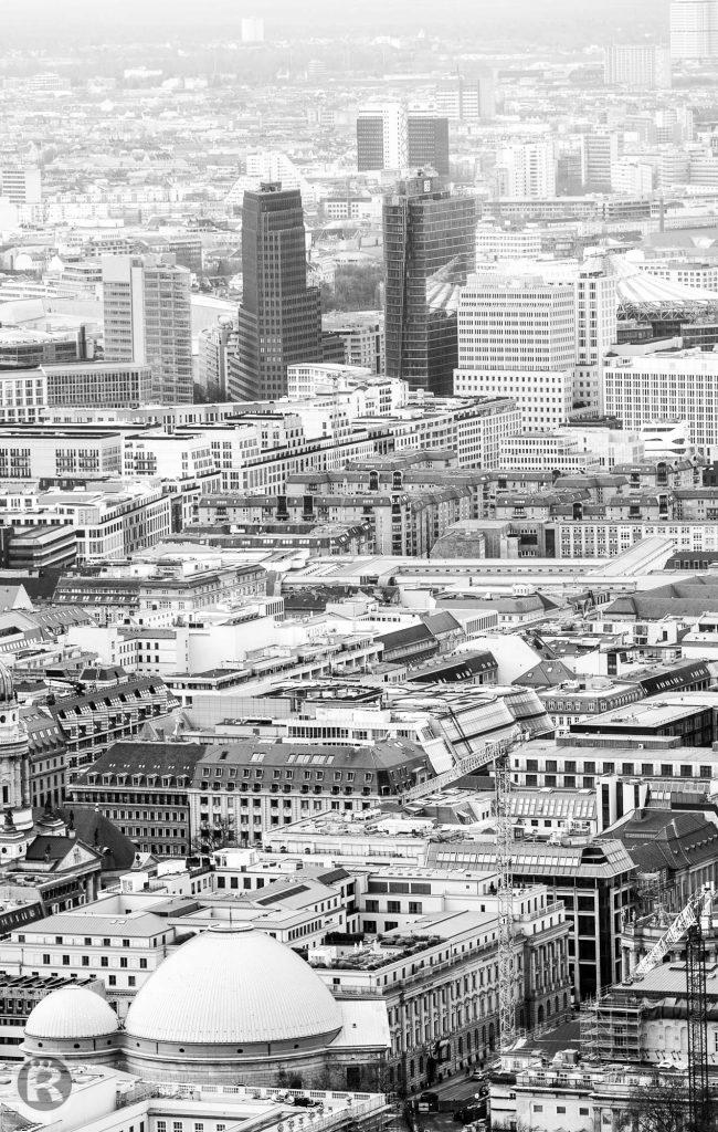 Berlin Potsdamer Platz vom Fernsehturm aus fotografiert