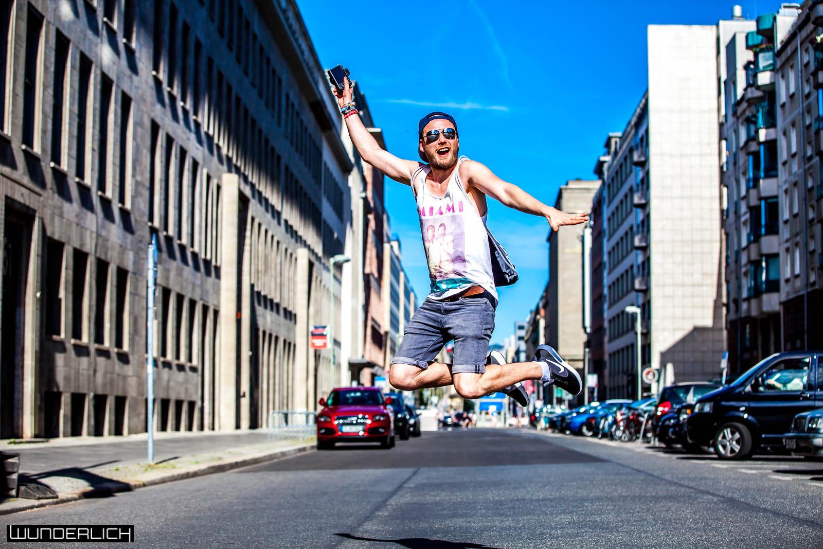 Jump Jump MilouPD